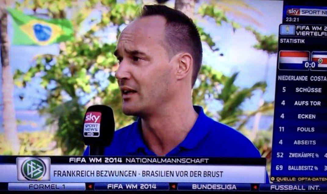 Heute vor sechs Jahren zusammen mit Christopher Lymberopoulos und Harald Stenger bei Sky Sport News HD auf Sendung vorm Campo Bahia. Tolle Zeiten. 😃👍🏼🇧🇷 #WM2014 #DFBTeam @Sky_ChrisL @studiostenger @SkySportNewsHD