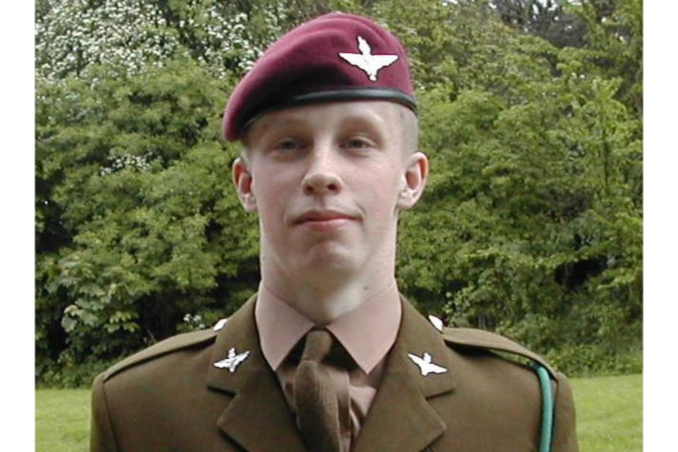 Today in 2006  Private Damien Jackson, aged 19, from South Shields, and of 3rd Battalion The Parachute Regiment, died from injuries sustained in a firefight with Taliban forces in Nahr-e Saraj, Helmand Province  Lest we ever Forget this brave young man who gave his all 🏴🇬🇧 https://t.co/dRxlMgIlXo