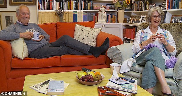 Maureen Lipman Admits She Left The Room In Disgust When Made To Watch Naked Attraction On Celebrity Gogglebox twib.in/l/BK6M8pk976zo