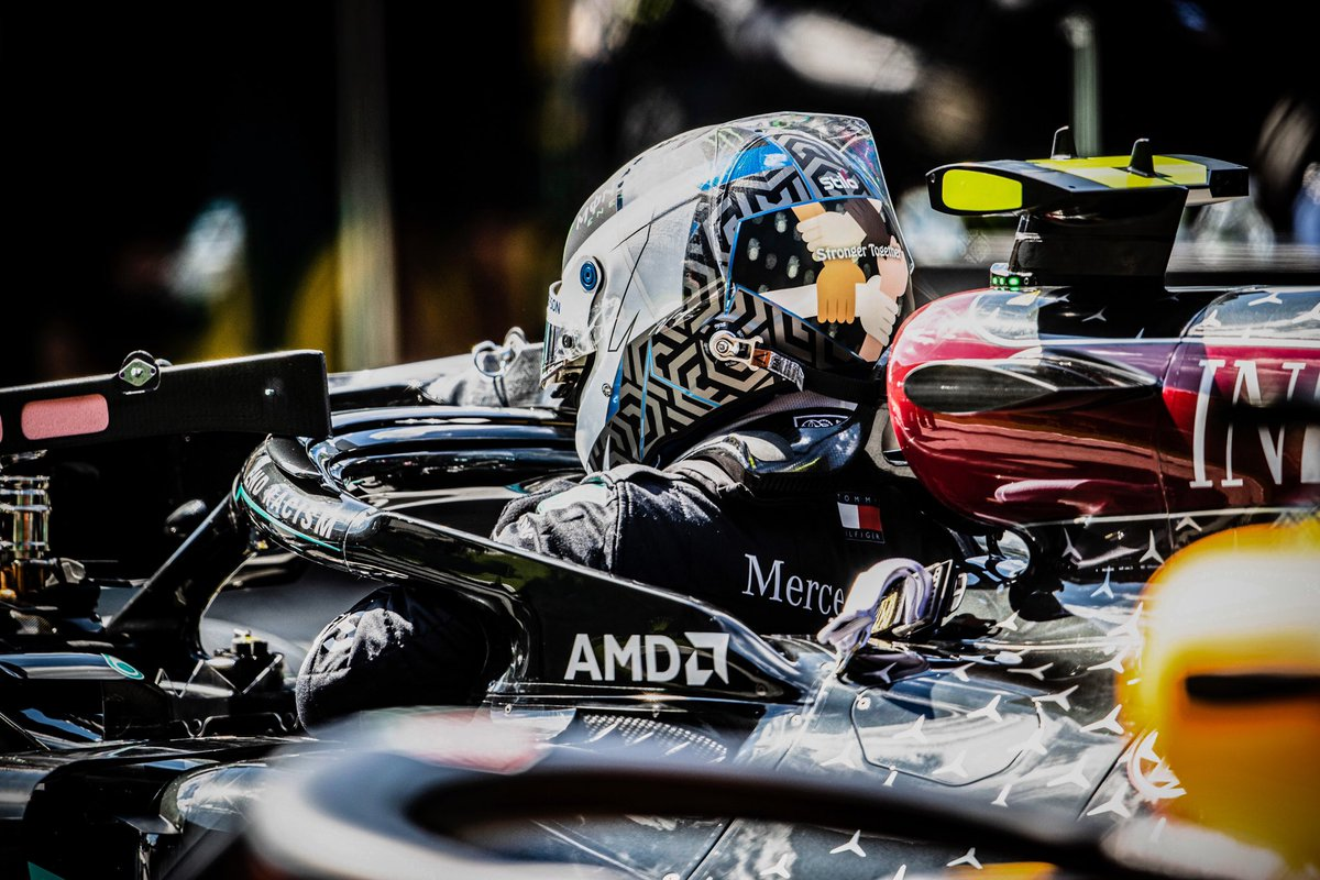 Race day in Austria 🏁  #VB77 #F1 #AustrianGP @MercedesAMGF1 #strongertogether https://t.co/E5TNlFe0Ng