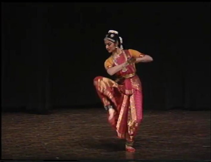 On the occasion of #GuruPurnima, presenting an #archival #video of #Bharatanatyam #dance #recital by #Guru Swamimalai K. Rajaratnam from the #repository of @NCAA_PMU:   https://t.co/BQAzLCmPGf  #ExploreYourArchive #OpenAccess #SharedHeritage #SharedResponsibility #GuruPurnima2020 https://t.co/64l0yPgHCG