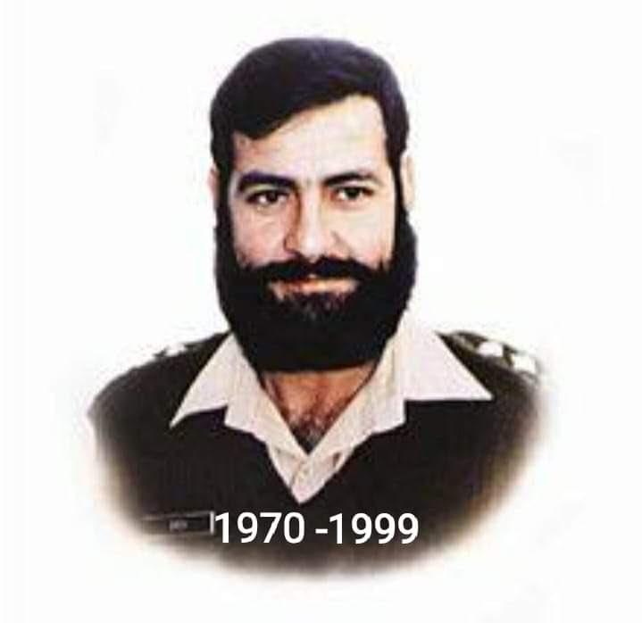 (5 جولائی 1999 یومِ شہادت کپٹن کرنل شیر خان شہید) آپ نے 1999 میں بھارت کے خلاف کارگل کے معرکے میں اپنی جان کا نذرانہ پیش کر کے پاک فوج کا اعلی ترین فوجی اعزاز نشانِ حیدر حاصل کیا۔🇵🇰آپ کا تعلق پختونخواہ کے ضلع صوابی سے ہے۔پوری قوم آپ کی بہادری کو سلام پیش کرتی ہے۔ 👏#ColSherKhan