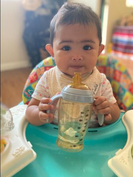 Sippy cup! It has a soft spout and perfect handles. #heorshe #heorshebabybottle #heorshesippycup #heorshebaby #babybottle #maternityfashion #mummyblog #dailyparenting #instamama #parenthood #bestofmom #mytinymoments #newbornbaby #candidchildhood #motherhoodrising #joyfulmamaspic.twitter.com/Ge9Dtufazc