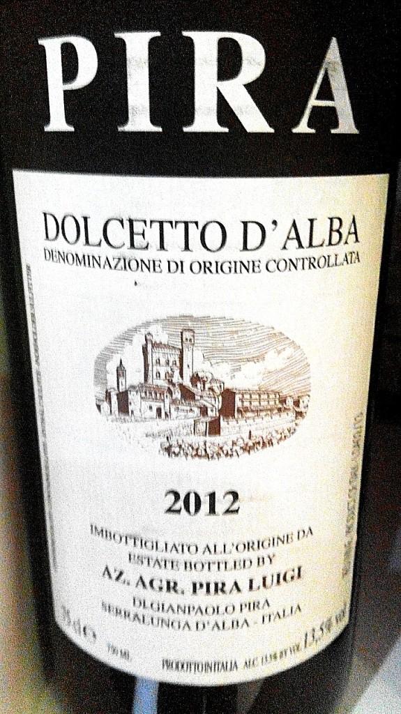 Cata del vino Luigi Pira Dolcetto d'Alba 2012, vino de Italia #wine #winelover #vino  https://www.sobrelias.com/cata-del-vino-luigi-pira-dolcetto-dalba-2012-vino-de-italia/catas-de-vinos/…pic.twitter.com/aBcDgQ1FA3