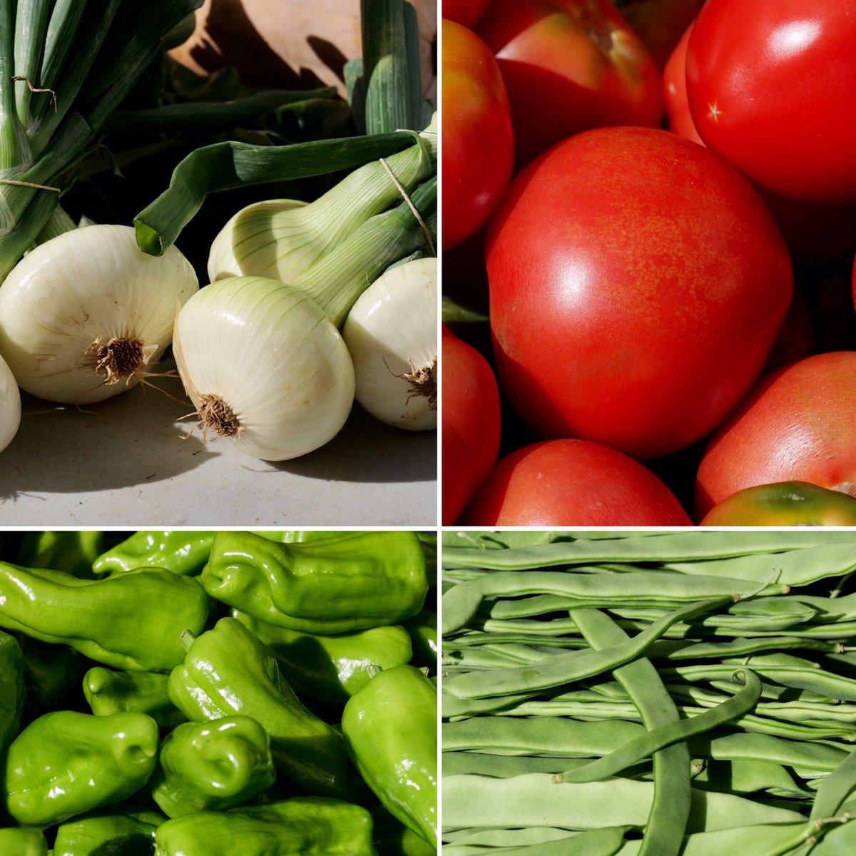Hoxe no mercado de froitas, verduras e hortalizas de #Melide podes atopar produtos de temporada como tomates, xudías, pementos de Padrón, pementos verdes e vermellos, pataca nova, cebollas, cabacíns  e moito máis O sabor de sempre da horta á túa casa#TesDeTodo #Sentidiñopic.twitter.com/v7IZxXPrck
