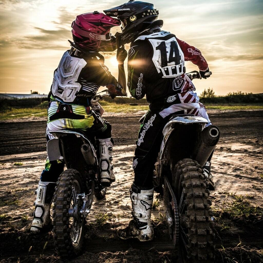 . .  Visit our bio for more info! . . #motorcycle #yamaha #bike #moto #honda #bikelife #kawasaki #biker #suzuki #motorbike #rr #ducati #cbr #bmw #motorcycles #bikersofinstagram #ride #instamoto #harleydavidson #motocross #bikers #instabike #mot… https://instagr.am/p/CCQ4pGfl_xG/pic.twitter.com/B8LtZPcP4A