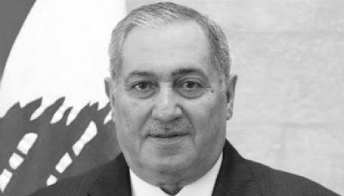اليوم رحلت قامة وطنية كبيرة هي النائب السابق احمد كرامي الذي ترك بصمة في العمل النيابي والوزاري. رحم الله الراحل الكبير ولعائلته احر التعازي. https://t.co/tlQChlSRkf