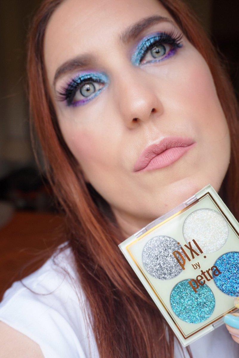 Feliz domingo bombones! Piel: http://instagram.com/p/CCQfjSmJUDQ/ Post #glittermakeup #motd #pixybeauty #pixysummer    @PIXIBeauty https://www.miaupotingues.com/2020/07/pixi-glitter-eyelookusing-glitter-y-quad.html?m=1…pic.twitter.com/rhicn95k44