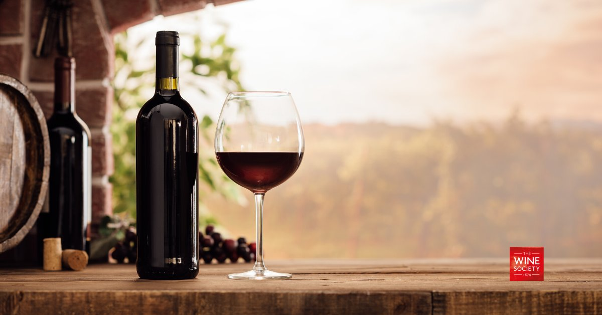 It's no longer a heinous crime to put a bottle of red near an ice bucket! Here are our top tips for the perfect styles of red wines to chill this summer: https://t.co/ertiJleIQK https://t.co/MFatLmktfN