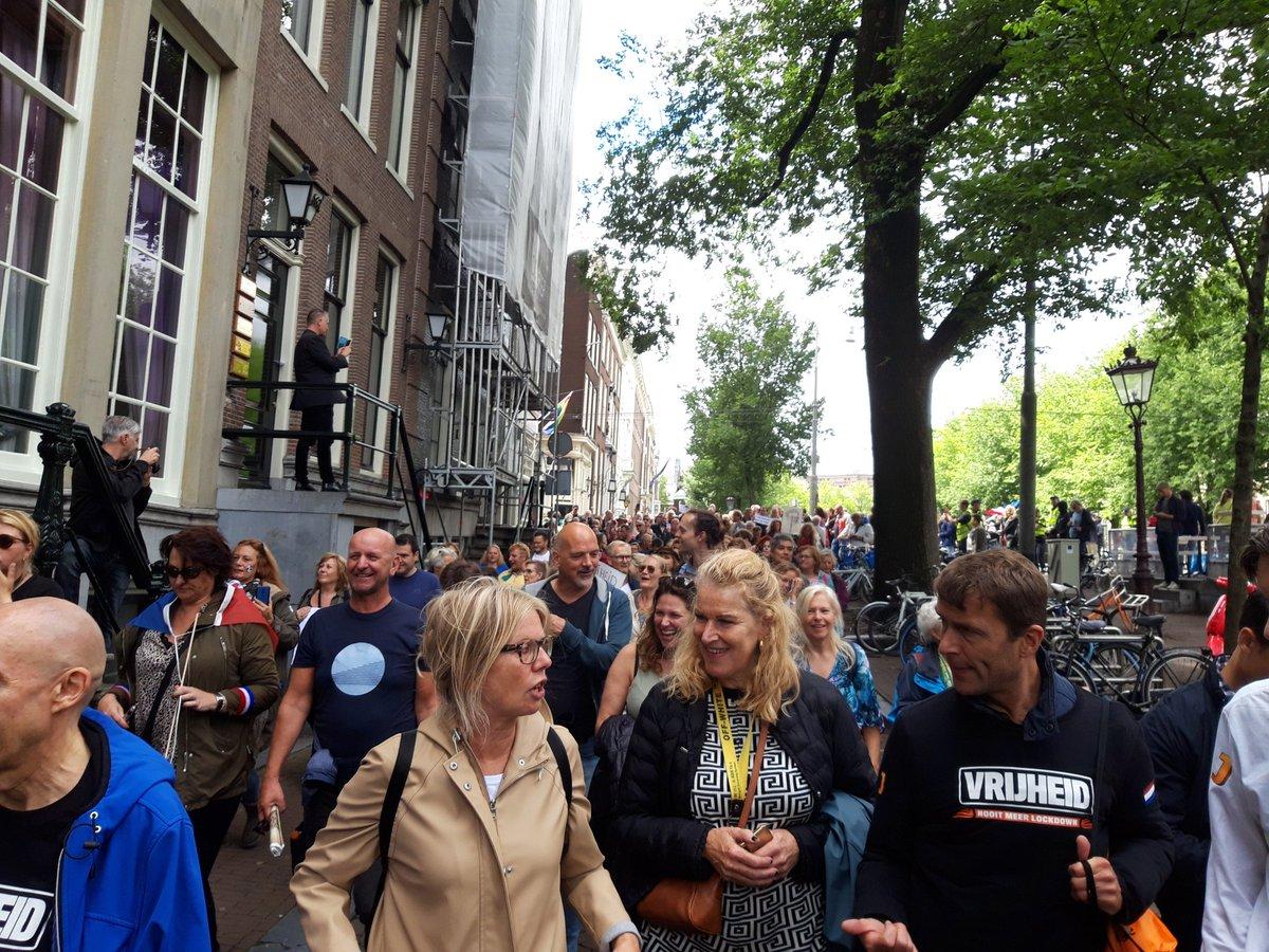 #Vrijheidsmars #Amsterdam https://t.co/ulXJiSaiaq