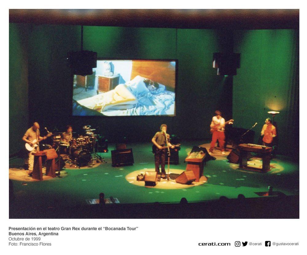 """Presentación en el teatro Gran Rex durante el """"Bocanada Tour"""" Buenos Aires, Argentina Octubre de 1999 Foto: Francisco Flores https://t.co/TiPeYewzaM"""