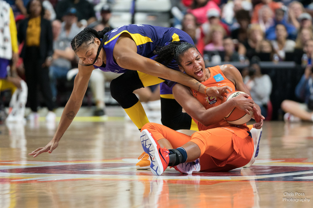 Alyssa Thomas @athomas_25 of the @ConnecticutSun and Candice Parker @Candace_Parker of the @LA_Sparks battle for a loose ball in Game 1 of the 2019 WNBA Semifinals. #WNBARewatch on @NESN today at 4 pm ET. https://t.co/jDRdsxm8Jj