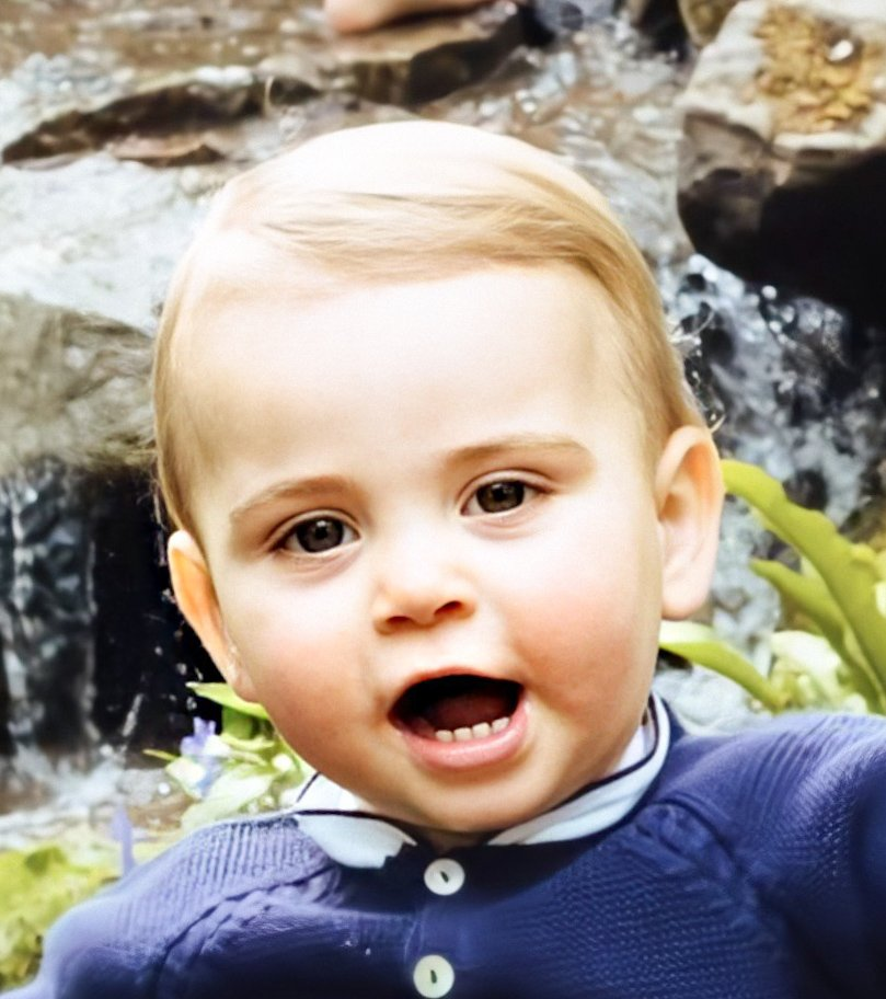 Precious #PrinceLouis #PrincessCharlotte #PrinceGeorge #KateMiddleton #DuchessofCambridge #DukeofCambridge #PrinceWilliam #Royaltypic.twitter.com/qVcmVddyYu