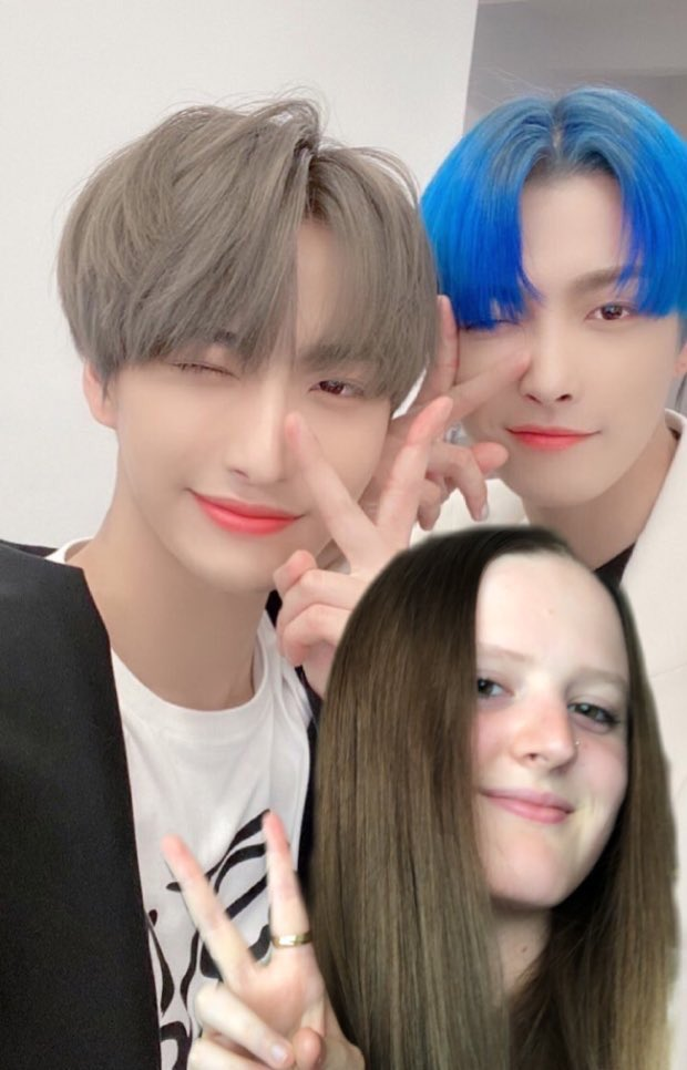Family photo  #SEONGJOONG and #ME pic.twitter.com/ty5qrBM5jv
