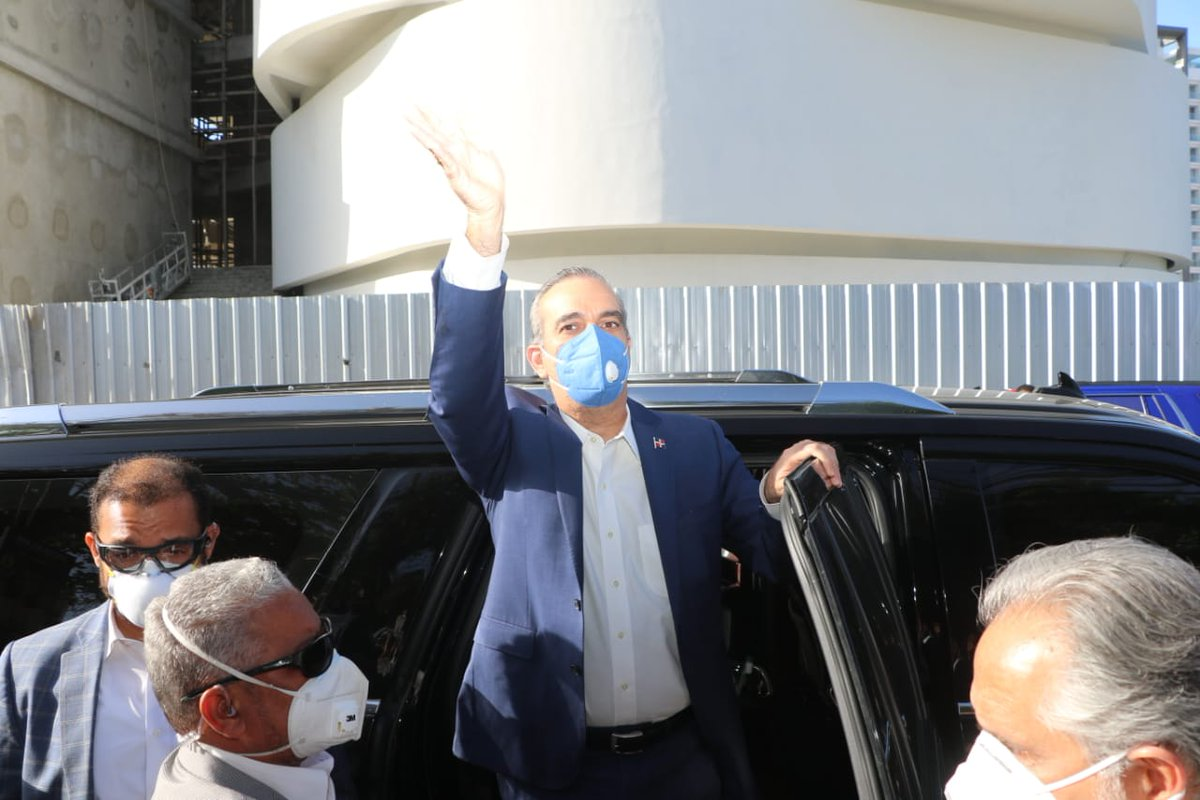 "Luis Abinader: ""esta noche yo seré el presidente de los dominicanos"" https://t.co/skjXdvrqNT #NDigital https://t.co/jbFnN2ax0N"