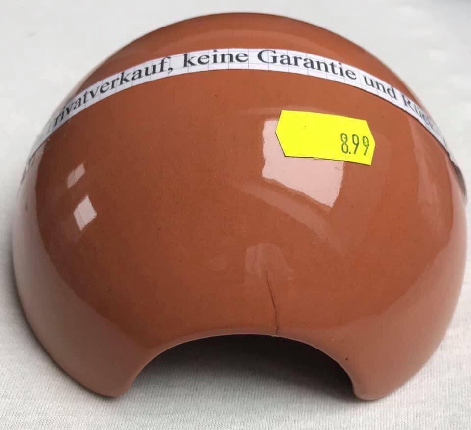Gebrauchte Ware von A - Z   Designer Reptilienversteck.  Preis: 8,99€  Porto: 5,00€ pic.twitter.com/m9KfYuLKft  by DundeeShop