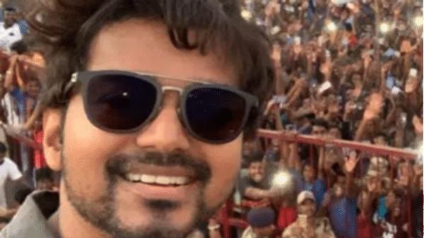 விழுப்புரம் மாவட்டத்தில் மரக்கானத்தைச் சேர்ந்த உளவியல் குறைபாடுகள் உள்ள ஒரு இளைஞர் தளபதி விஜய்க்கு போலி வெடிகுண்டு மிரட்டல். https://t.co/FjPUd7xXLz  #Rajinikanth #Vijay #Opoyi #Movie https://t.co/CbjTcxPzyA