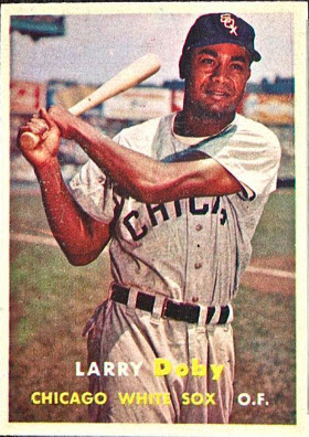 @SABRbbcards Not sure if I have any #LarryDoby cards, but I really like this 1957 @topps card.  #HappyBaseballBirthday ⚾🎂🎁 #100YearsNegroLeagues  #ChiSox @whitesox https://t.co/1lfmNrSrz1
