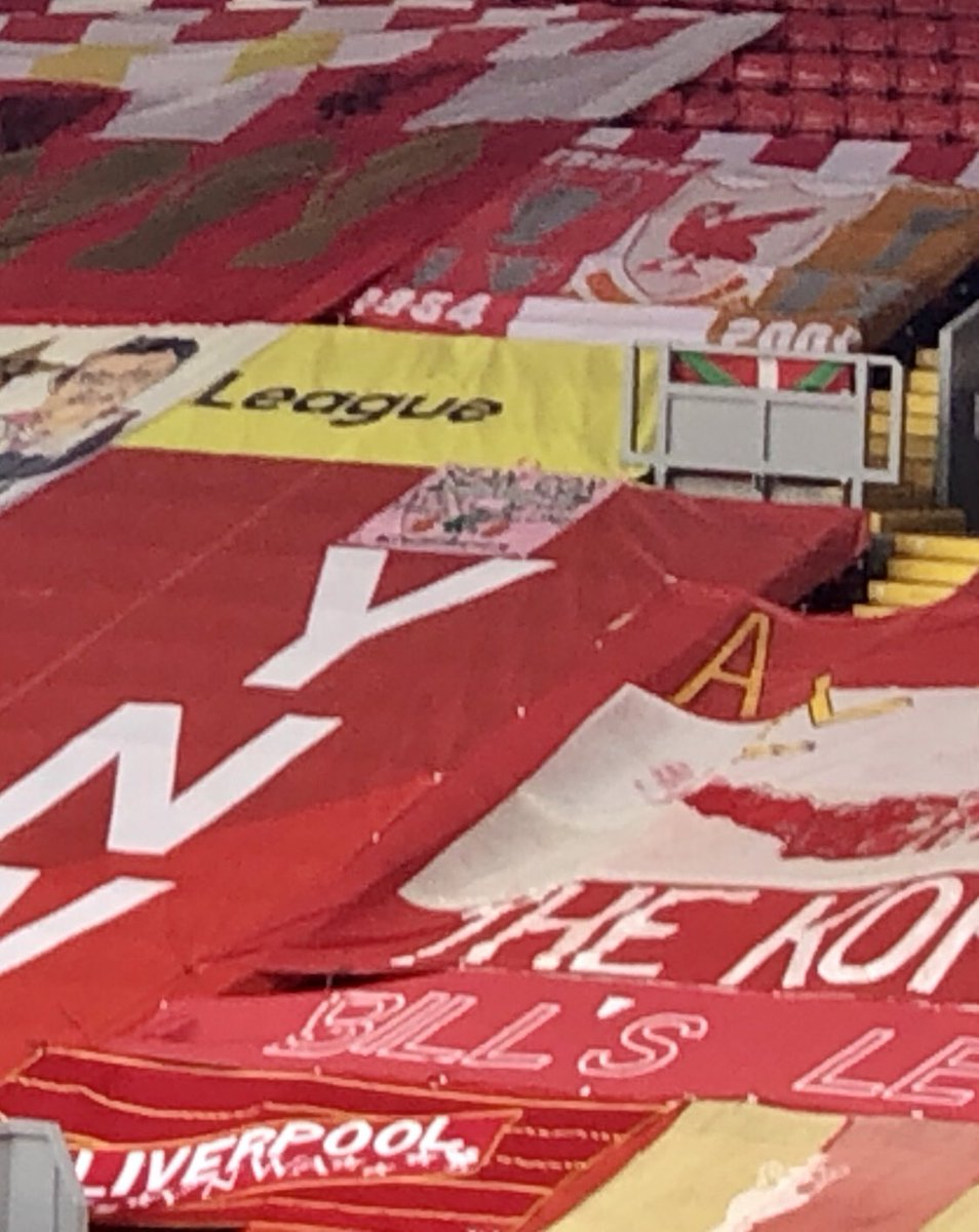 The club is honoured to have the Sean Cox banner back on the Kop for the balance of the season. @LFC #YNWA