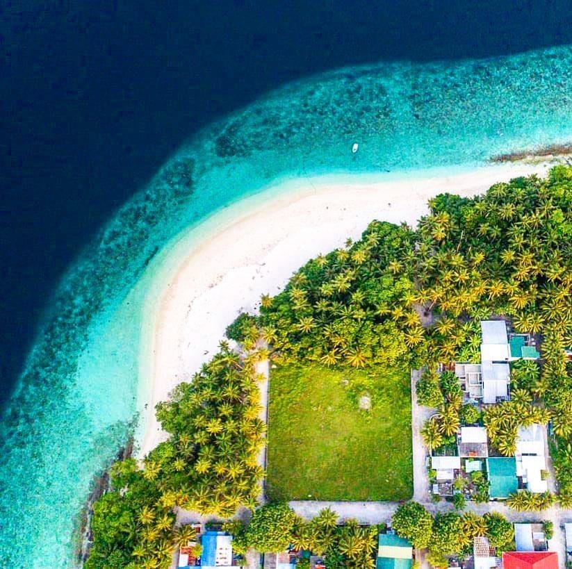 """By discovering nature, you discover yourself.""   Baa Kendhoo Maldives    @abeedhmv   #visitkendhoo #kendhoo #itsbetterinbaa #baaatoll #maldives #unescobiospherereserve #sunnysideoflife #localislands #maldivesislands #visitmaldives #bestplacetogo pic.twitter.com/IgxjFVnBhH"