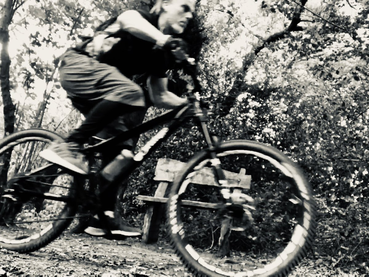 #cycling #mtb #exercise #fitness #cardio #fitspo #instafitpic.twitter.com/38BADUCBo4
