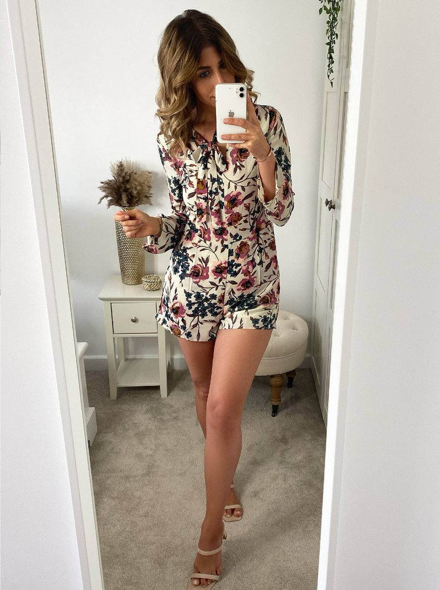 Summer ready in our NEW IN Mollie playsuit 🤩💁‍♀️✨ #iamchichi #fashion #style