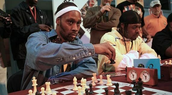 Happy 51st birthday to RZA.  What are some of your favorite RZA produced track? https://t.co/KFUyGLkKrG