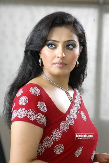 Happy Birthday Mumtaj #happybirthday #mumtaj #tamilcinema #tamilactress #teluguactress #malayalamactress pic.twitter.com/frKSP5XMes