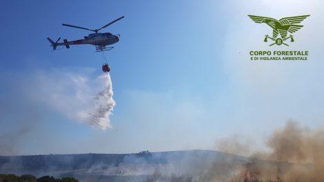 Ancora incendi che minacciano le villette tra Misilmeri e Belmonte, indagano i forestali - https://t.co/Q7Z4ZFhe0C #blogsicilianotizie