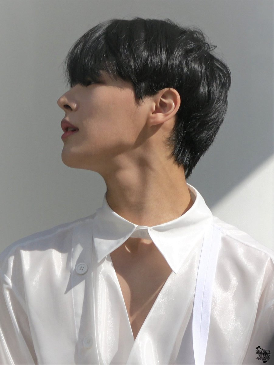 have you tried the byungchan melanin today? I think it's a good day for some byungchan melanin (and that tongue) <br>http://pic.twitter.com/nv2Q4wMHfV