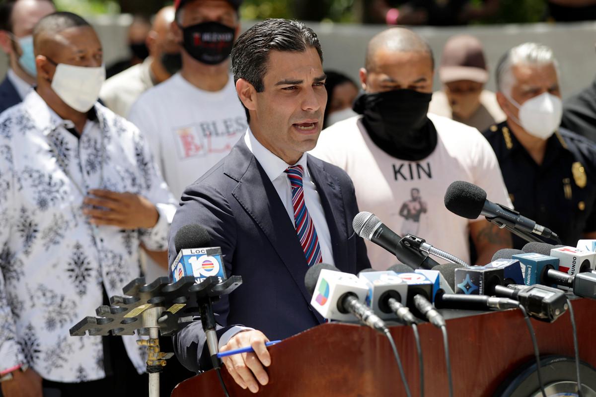 Miami mayor hopeful mask mandate, closing beaches will slow coronavirus cases trib.al/D1n72w7