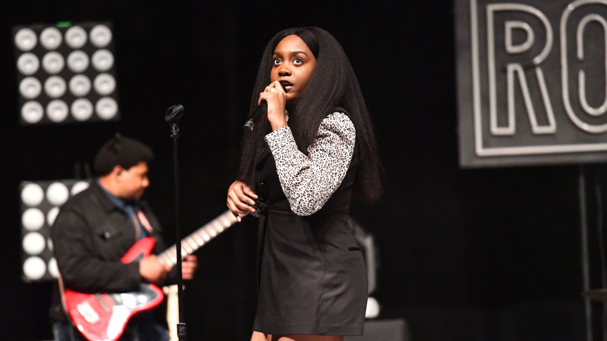 Noname addresses her title as a leader, tells people not to follow her if its for J. Cole cmplx.co/bAF5M0m