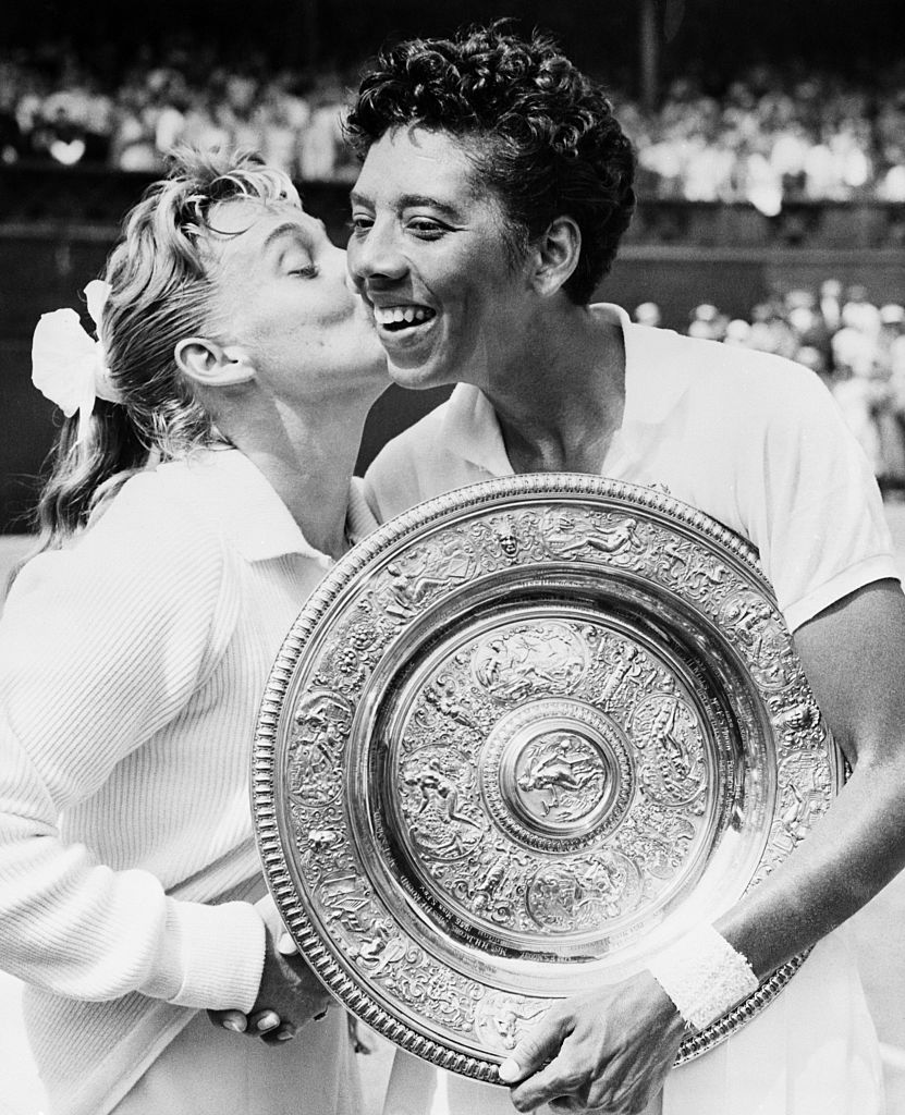 On July 6, 1957, Althea Gibson became the first African American tennis player to win #Wimbledon when she defeated Darlene Hard in straight sets. https://t.co/mECpKGxl2I