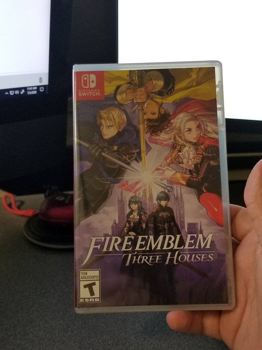 Picked up #ThreeHouses before work.  It's literally my first #FireEmblem game.  No clue how to play or what to do   The only thing I do know is that I'll be joining the house of @JoeZieja and make the continent #FearTheDeer. https://t.co/2poFMhMWkL