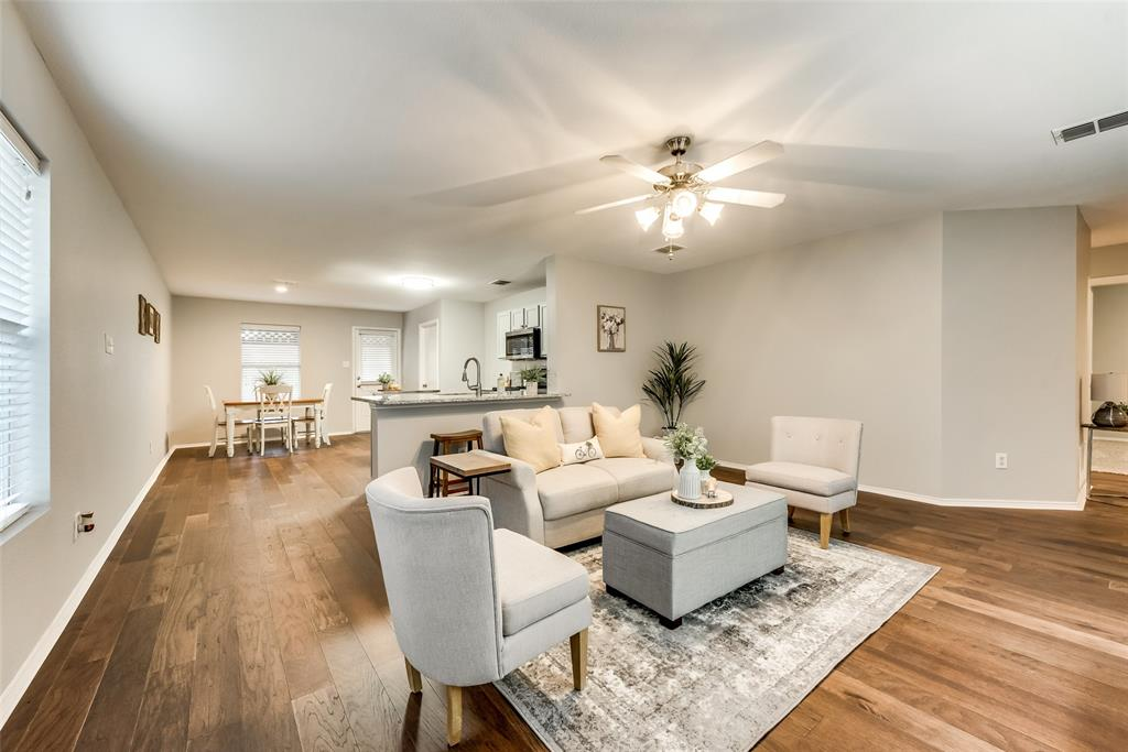 Ready for a change? This 4 BD/ 2 BA in Frisco won't be on the market long.  https://t.co/7MnAR1GyNB https://t.co/4ChkSuXIKl