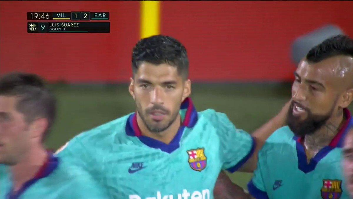 ¡QUÉ GOLAZO! Asistencia de Messi y bombazo de Suárez para el 2-1 de Barcelona en #LaLigaxESPN. https://t.co/mH0Nh8zi9r