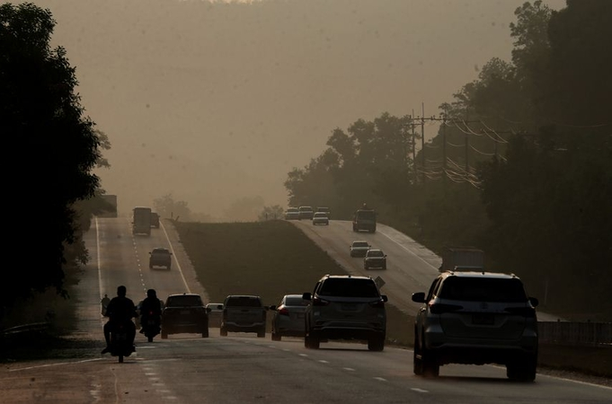 Smog returns to southern provinces from Indonesian fires https://t.co/nLcSzsJDU9 #ThailandNews #thailand https://t.co/Ou3f9mgLbO