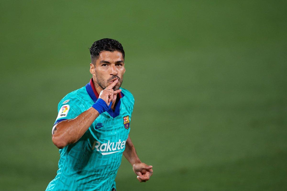 LETAL. Luis Suárez ya igualó a Ladislao Kubala como el tercer máximo goleador histórico (194 tantos) de Barcelona. https://t.co/KucRksf0DV