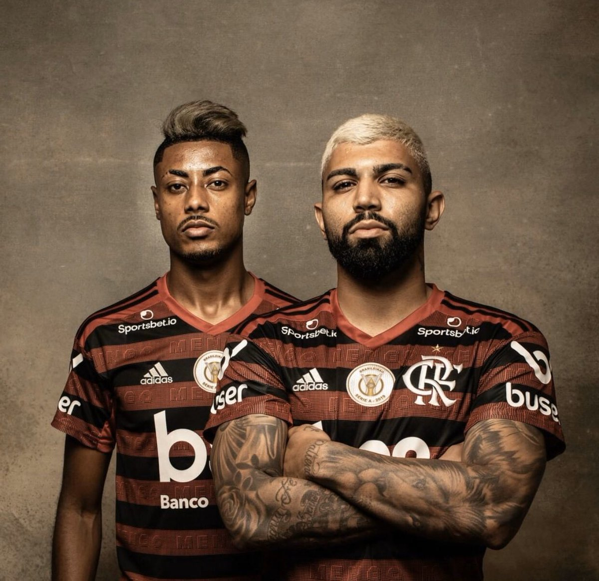 Gabigol provided Bruno Henrique with two assists today.   He now has 11 goals + 8 assists in 12 games this season  <br>http://pic.twitter.com/D8j1zT6kfl