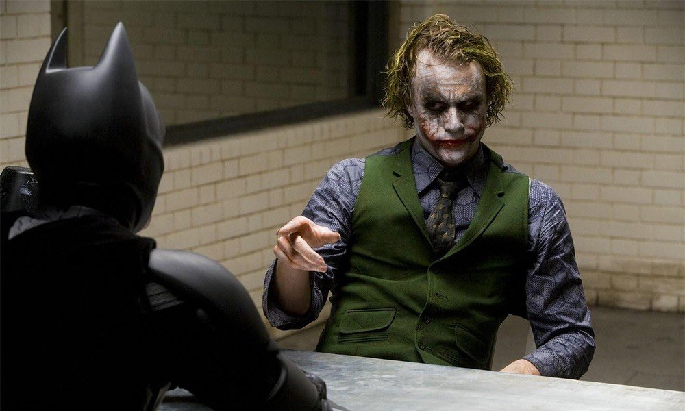 I know i usually talk about video games and that's what i'm most passionate about, but i also adore movies. My favorite film of all time is The Dark Knight. It's been like that for 12 years. It's perfect to me. <br>http://pic.twitter.com/AY9mVG6cNW
