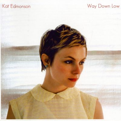 ♪ #nowplaying Champagne - Kat Edmonson (Way down low - 2013) https://www.fip.frpic.twitter.com/xcqGYCmeCe