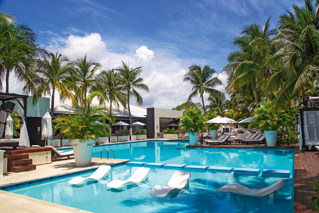 Ready for some pool fun?  @theurbanoasiscancun #mexico #vacation #cancun https://t.co/a0yLBrbwCi