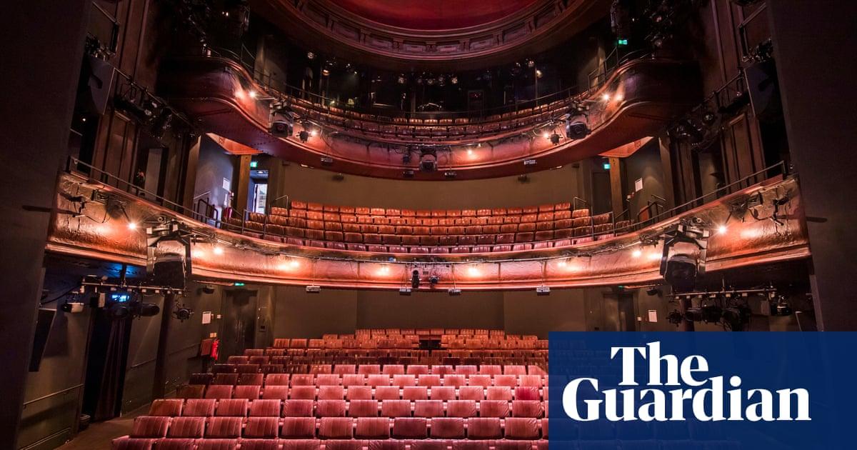 Boris Johnson pledges £1.5bn lifeline to keep UKs arts sector afloat dlvr.it/Rb18xc