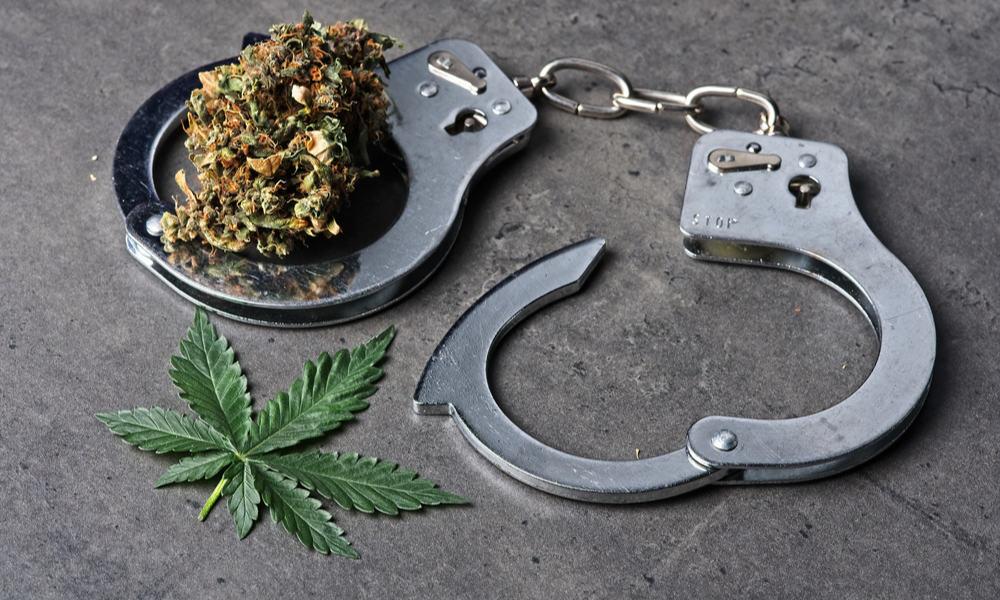 #LegalizeIt