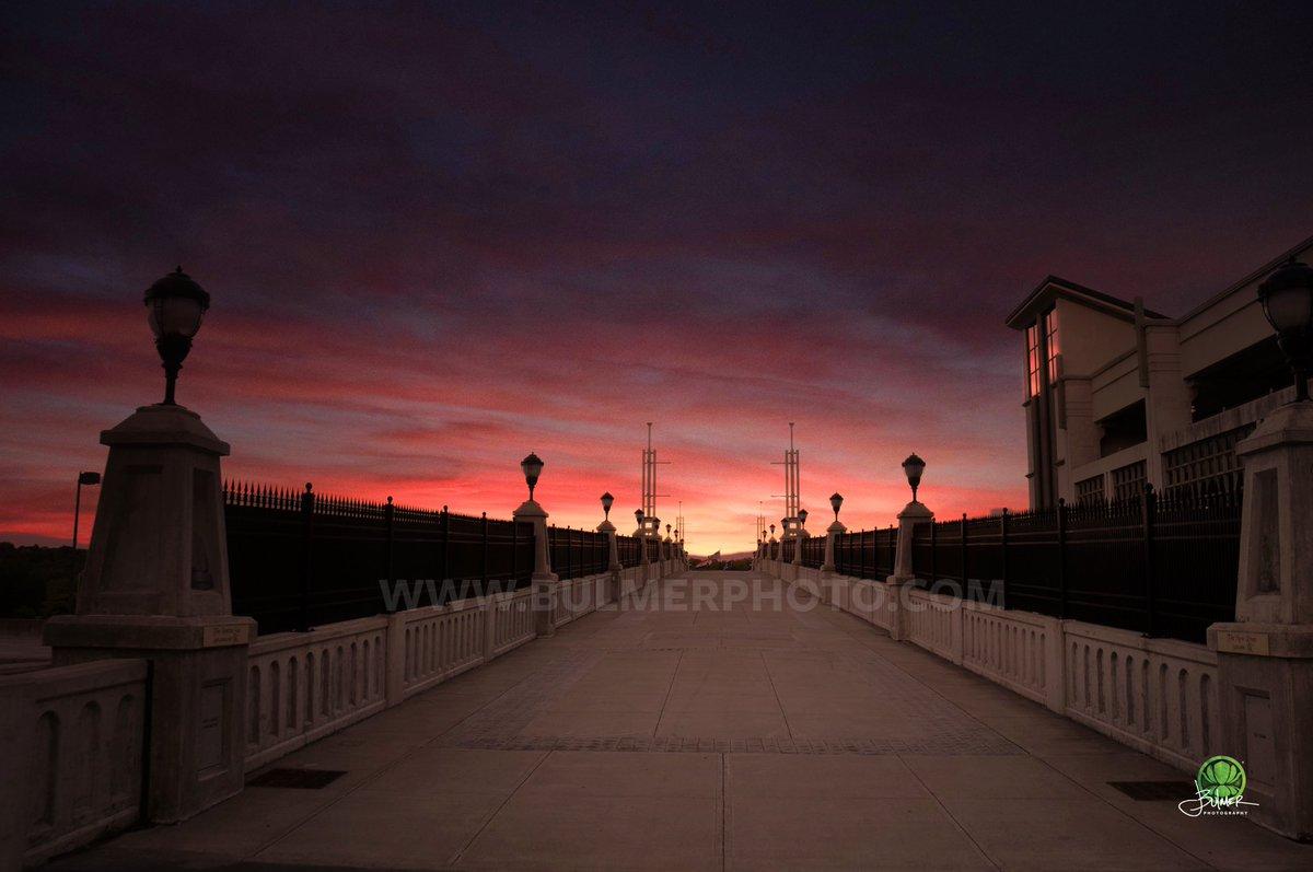 First Light Over Jenning's Landing #AlbanyNY <br>http://pic.twitter.com/Xoxgkg4JfJ