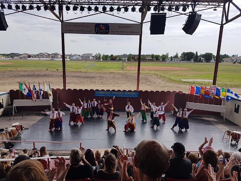 Congratulations to the Vegreville Ukrainian @PysankaFestival on a successful virtual festival this weekend! Thank you for bringing the Ukrainian community together during this time through song, dance, art, and culture, while we are all apart. 🇺🇦 Будьмо!  #yeg #viter #abculture https://t.co/Dk4XFUv02l
