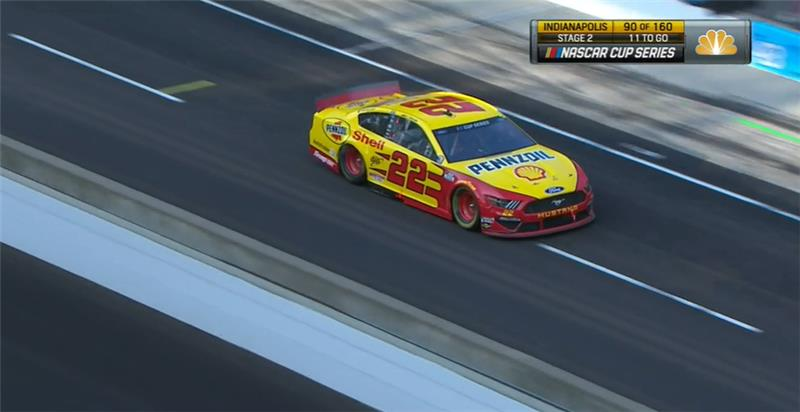 Team made wholesale changes to the @shellracingus Mustang on that stop. Back on a few previous chassis adjustments, forward on some others. Still looking to make the front of the car rotate. | #BrickyardTriple https://t.co/KJvi3uPeC5