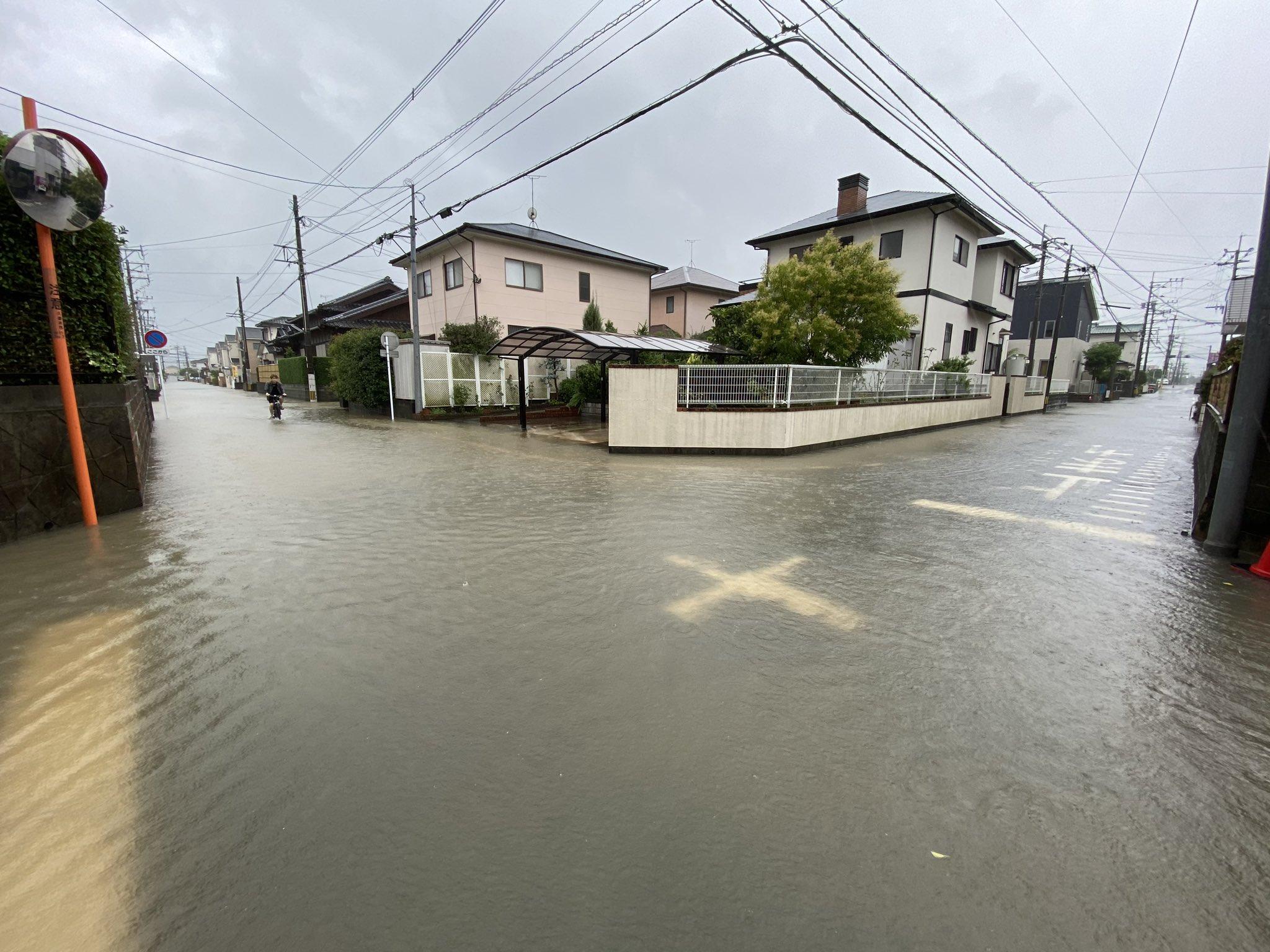 久留米市の冠水している画像