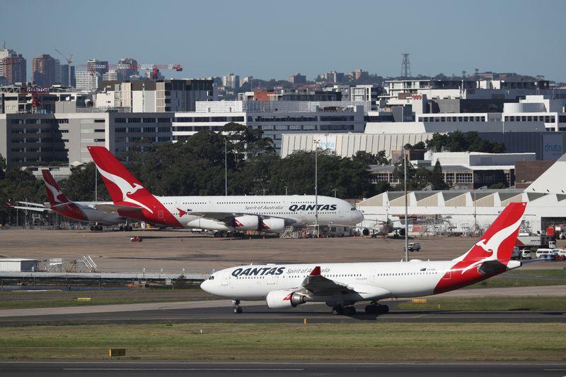 Australia's Qantas signs frequent flyer deal with pay-later platform Afterpay https://t.co/6OFBxC6uUM https://t.co/NjhSwHbFC6