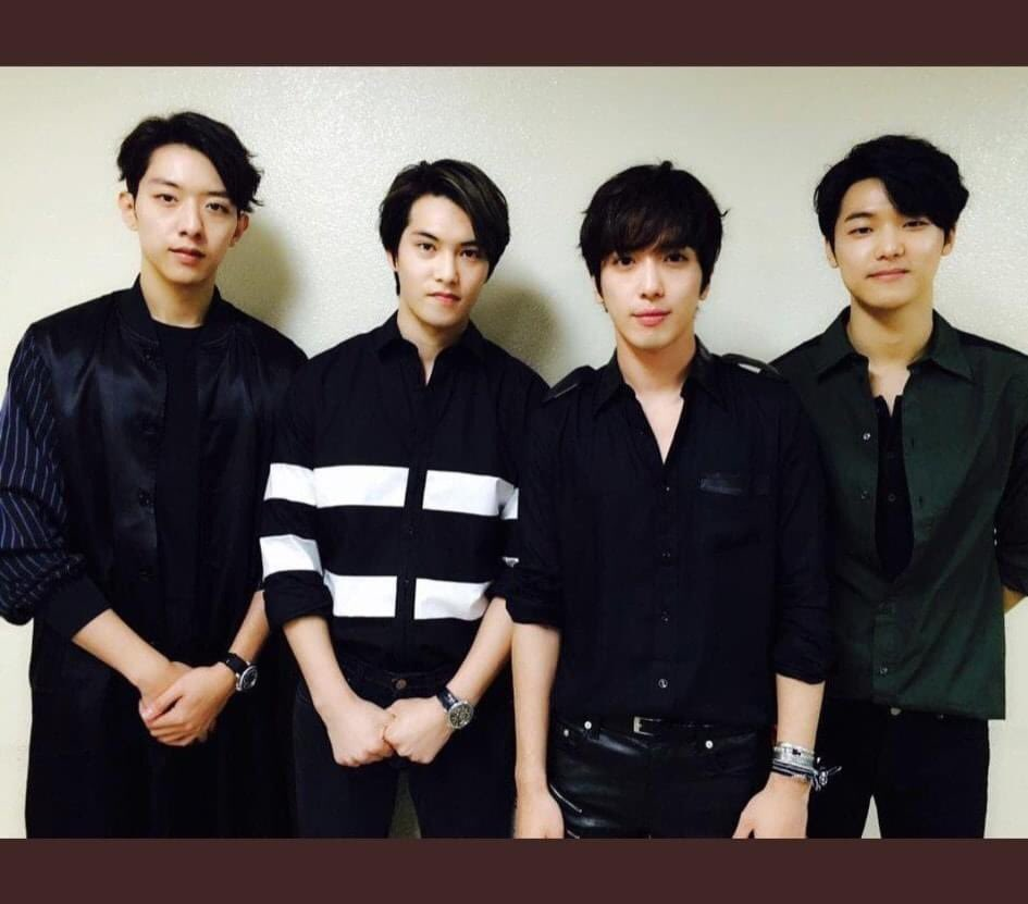 Dear BOICE'S,  I want everyone to know, that the situation on what our Loves been going through right now is very hard, they are also fighting, specially our Leader who does nothing but to protect the Group.  Credits to CNBLUE Ph pic.twitter.com/5XbHQHH5fa